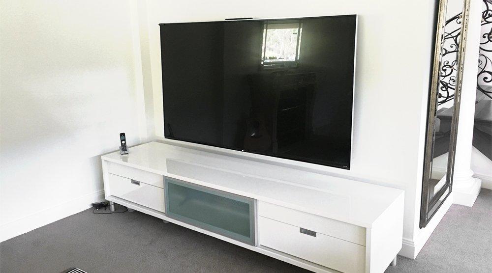 80 inch tv wall mount install. Black Bedroom Furniture Sets. Home Design Ideas