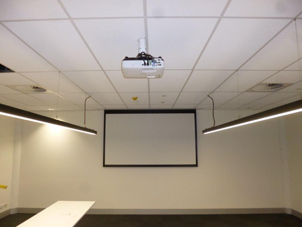 Projector Screen Bosch