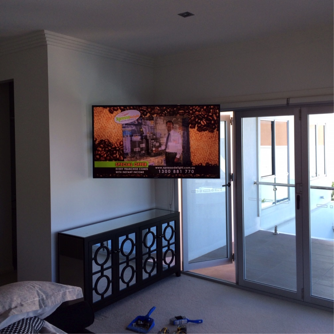 Home Theatre Options: TV Wall Mount on the Gold Coast